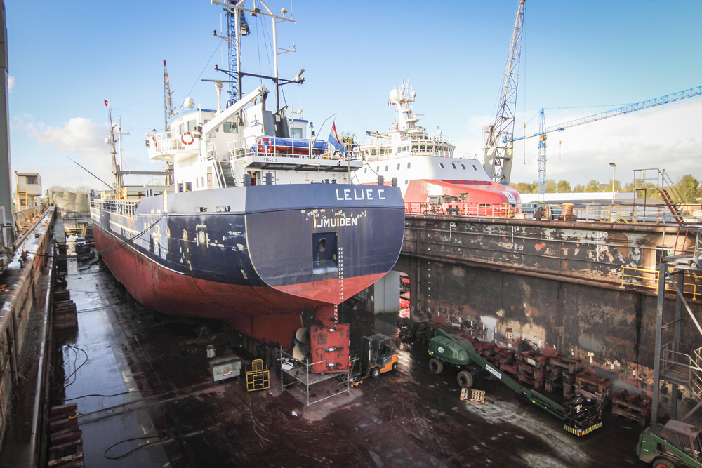 Cement Carrier Lelie C returns to Damen Shiprepair Oranjewerf for additional tank capacity