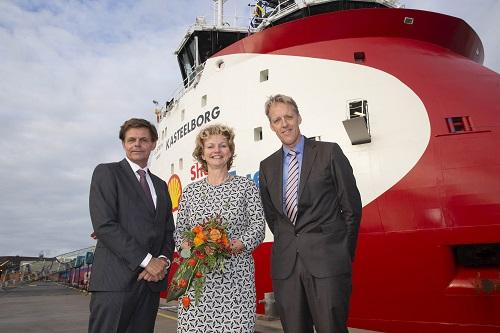 Walk to Work schip Kasteelborg gedoopt in Den Helder