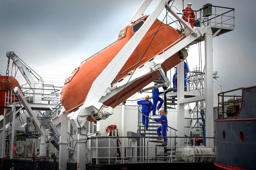 Wisseling van de wacht maritiem trainingscentrum Groningen