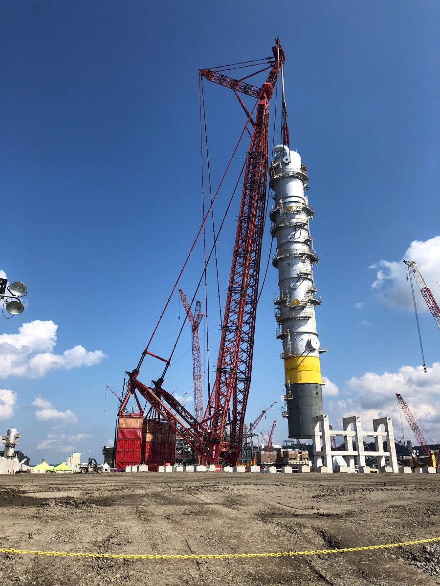 Mammoet completes milestone lift at Shell petrochemical plant in Pennsylvania
