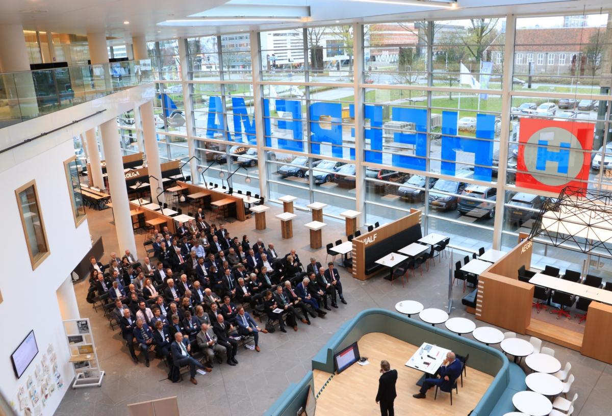 Goed bezochte ALV in prachtig pand van Heerema Marine Contractors in Leiden