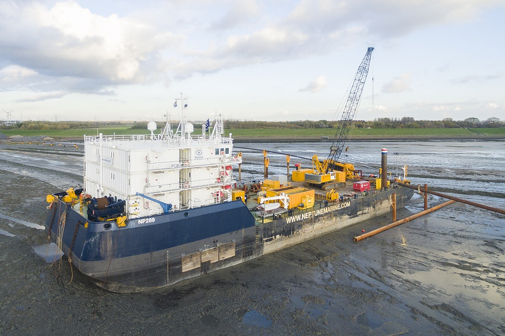 Neptune Marine supplies charter equipment for innovative pipe drilling project