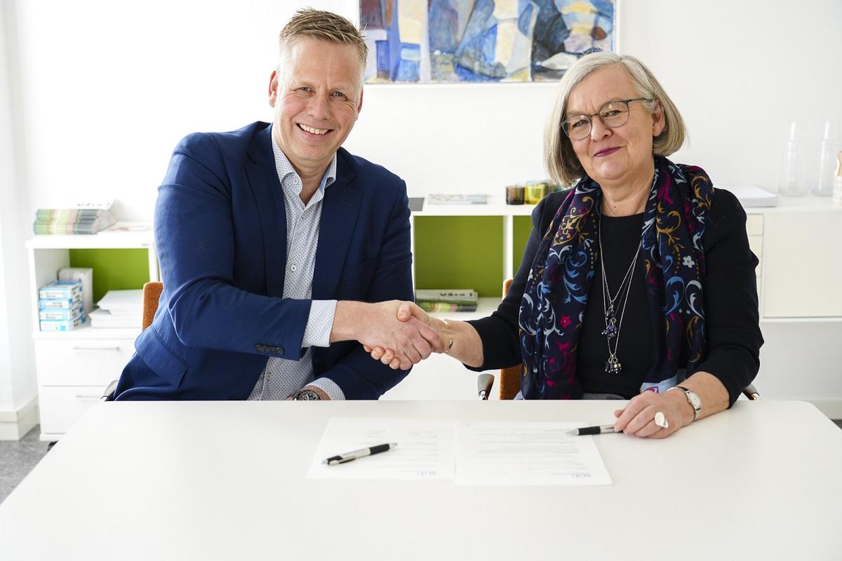 Damen Oskarshamnsvarvet Sweden wins life extension contract for survey vessel Ocean Surveyor
