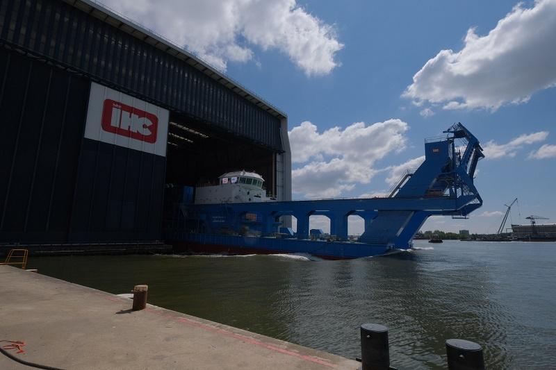 Royal IHC en Suez Canal Authority laten snijkopzuiger MOHAB MAMEESH succesvol te water