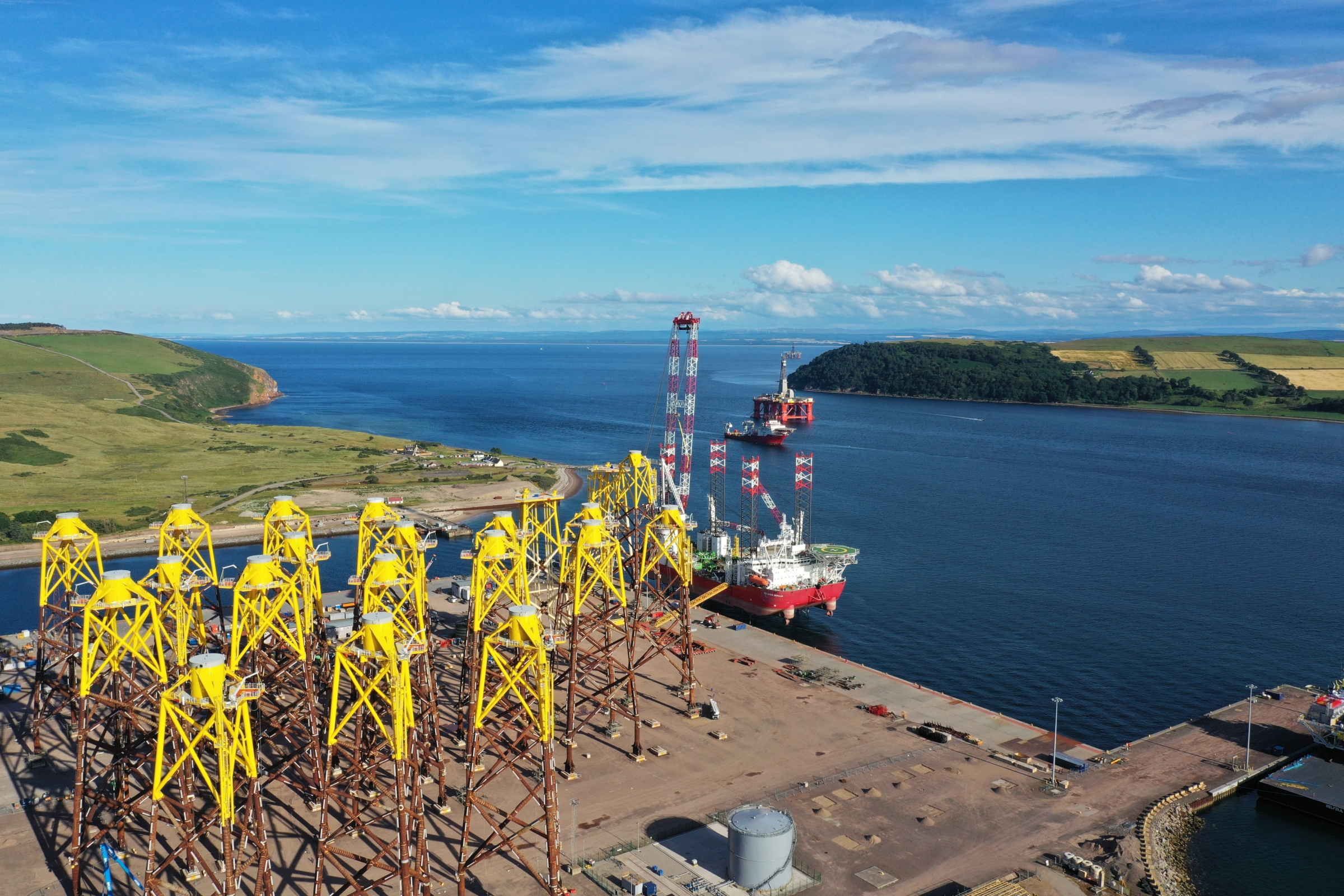 Successful installation of two offshore substation platforms and 20 jackets marks major milestone at the Moray East offshore wind farm