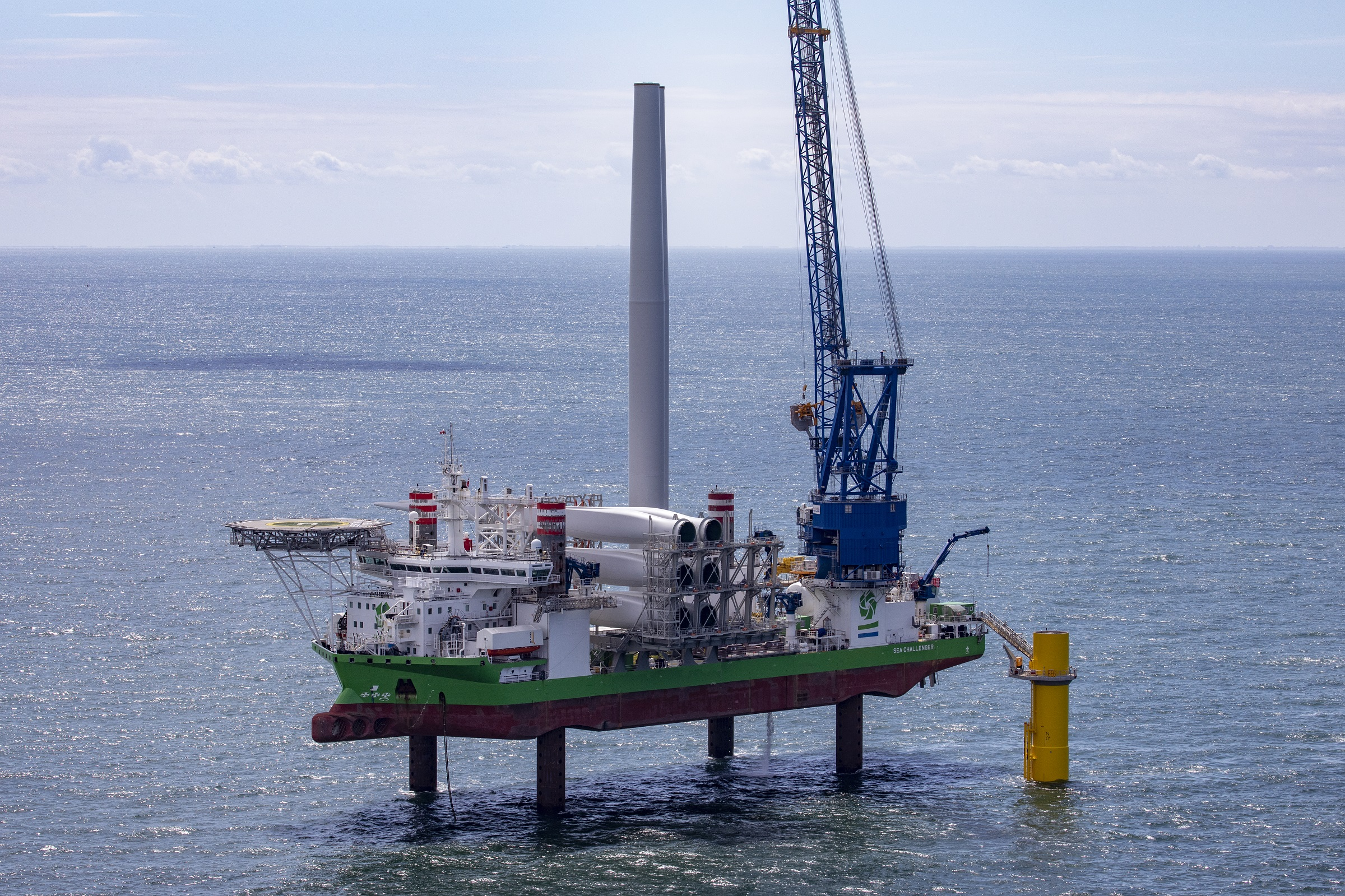 Turbine installation Borssele 1 & 2 successfully completed deploying DEME Offshore's unique sister vessel solution