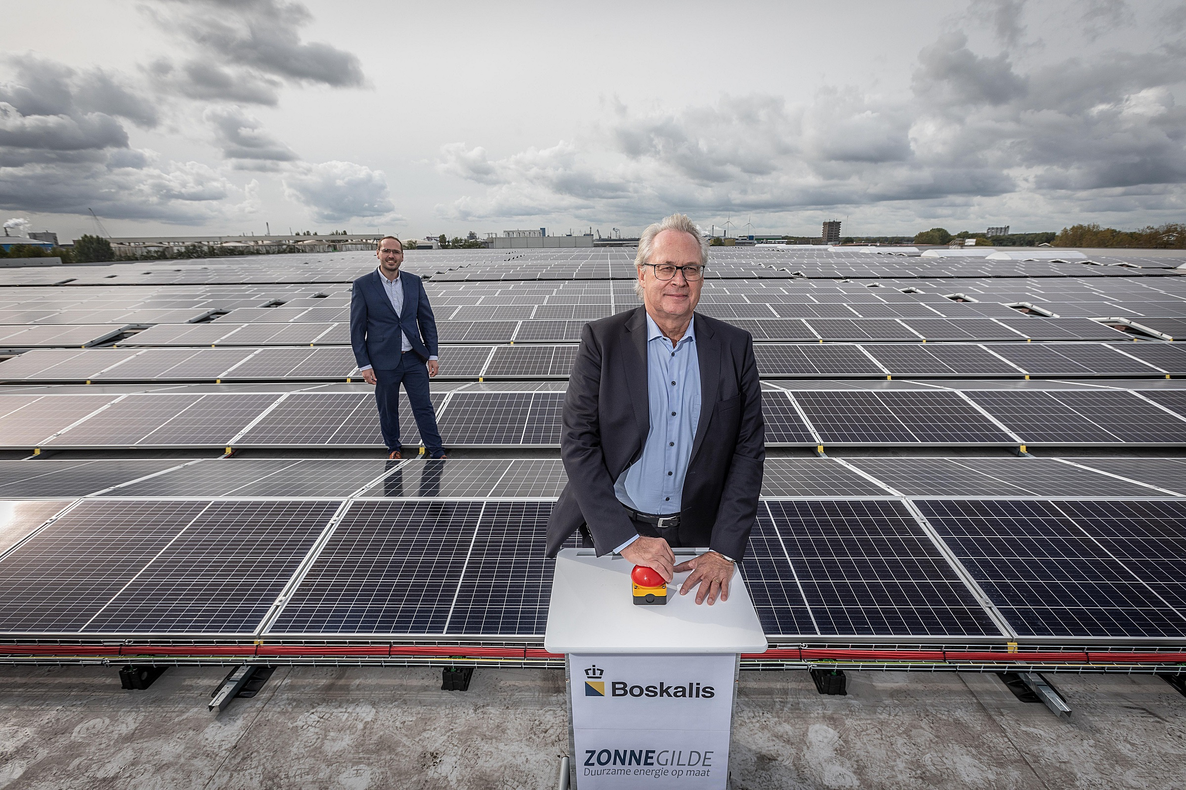 Boskalis takes 5,350 solar panels into use, representing 15% of own energy consumption in the Netherlands