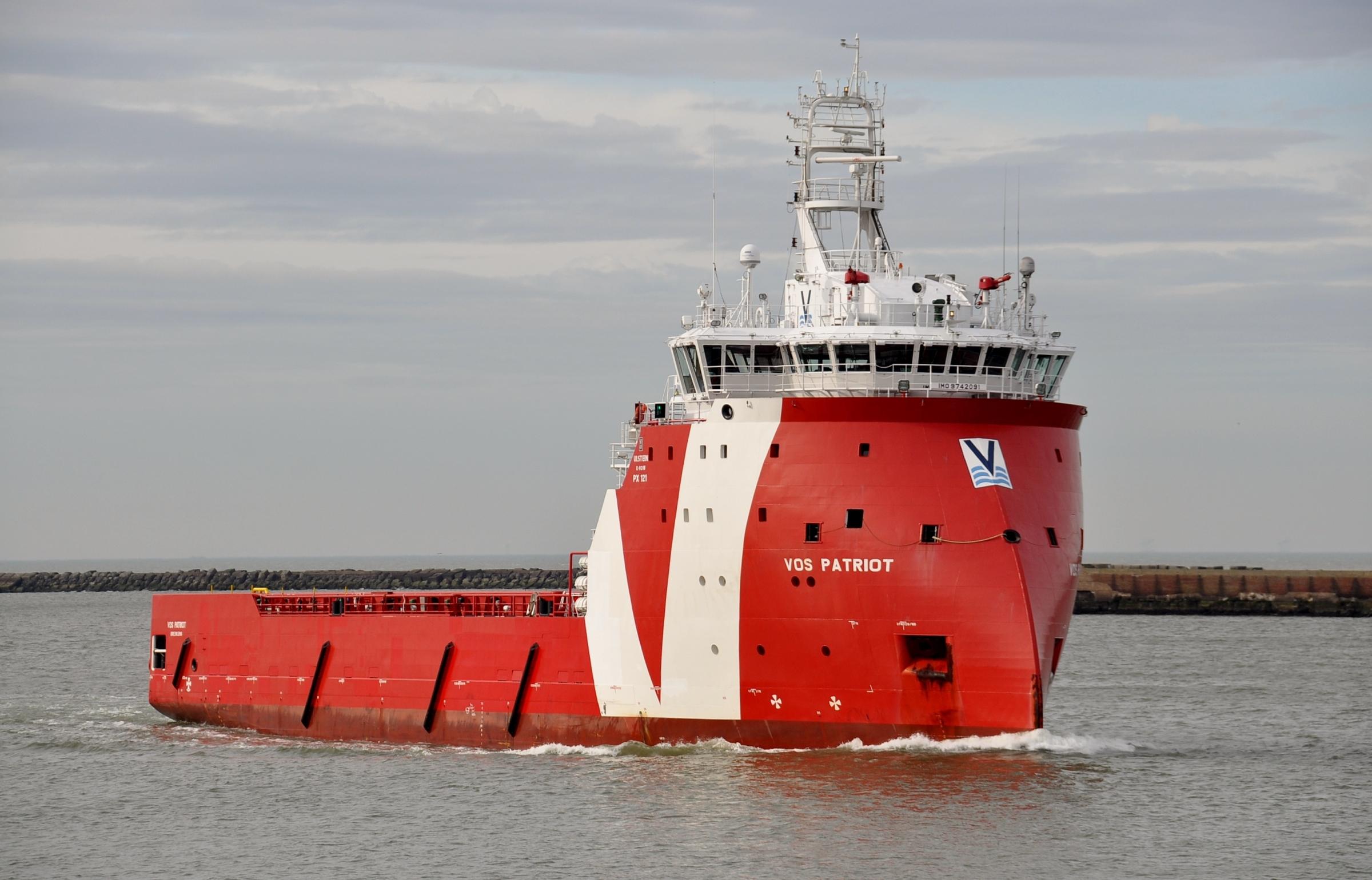 VOS Patriot back in Dutch sector