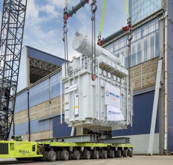 Transformatoren TenneT succesvol in topside voor platform Hollandse Kust (noord) gehesen
